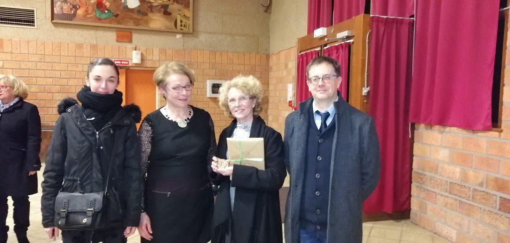 Mme Brigitte Pailleux avec Mme Le Maire et une de ses plus talentueuses élèves : Louise Mordacq